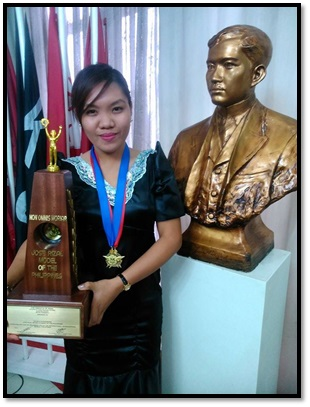 UEP CS Student Council Prexy, wins Jose Rizal Model tilt
